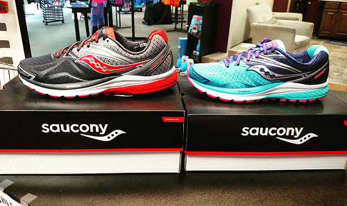 saucony guide 9 mujer