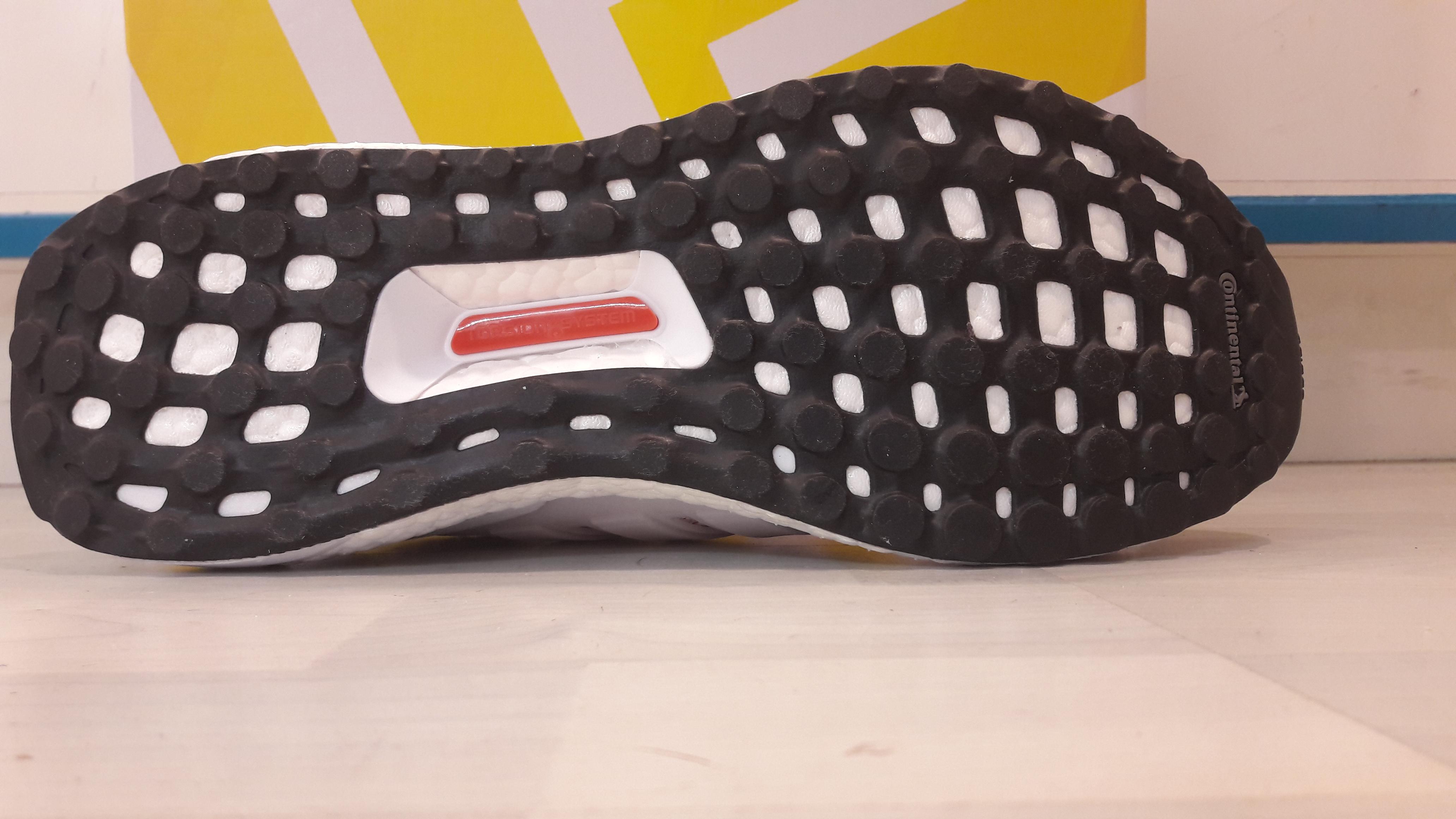 Mantenimiento Aislante Parecer  Adidas Ultra Boost - Tiendas de Running en Madrid